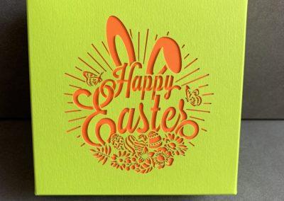 Boîte de pralinés sans alcool «Happy Easter» (4 pièces)/orange