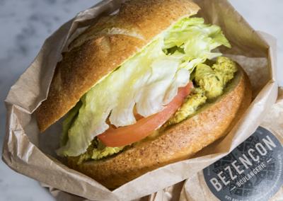 Sandwich au poulet (uniquement avec retrait en magasin)